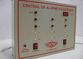 Central de alarme de combate a incêndio